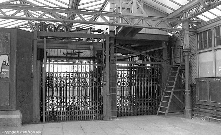 Leicester Central goods lifts