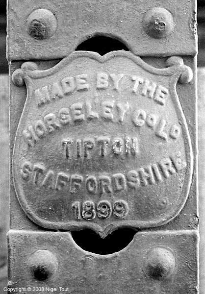 Leicester Central station builders plate, Horsely Co., Tipton
