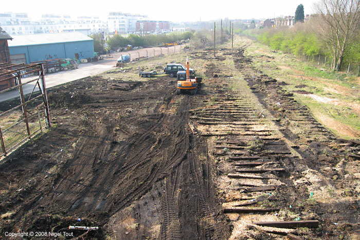 Cleared trackbed, south of Upperton Road bridge, GCR, Leicester