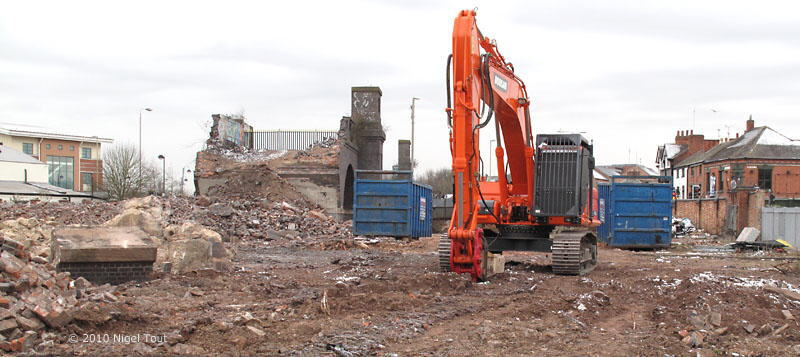 Demolition of GCR viaduct, Leicester