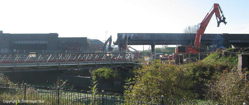 Start of demolition Upperton Road viaduct, Leicester, GCR