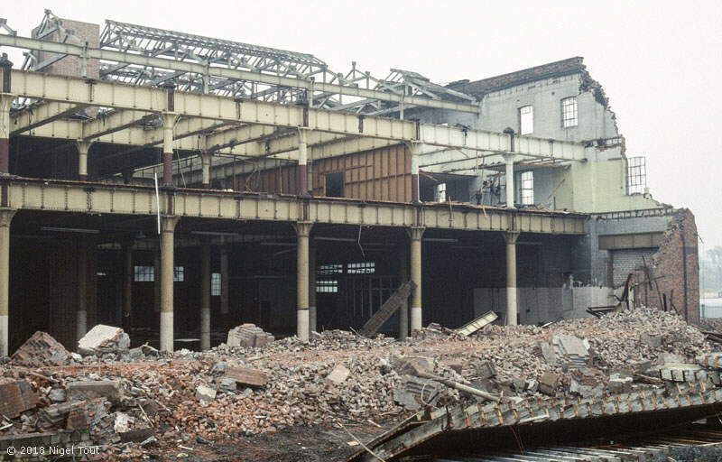 Leicester GCR goods shed demolition