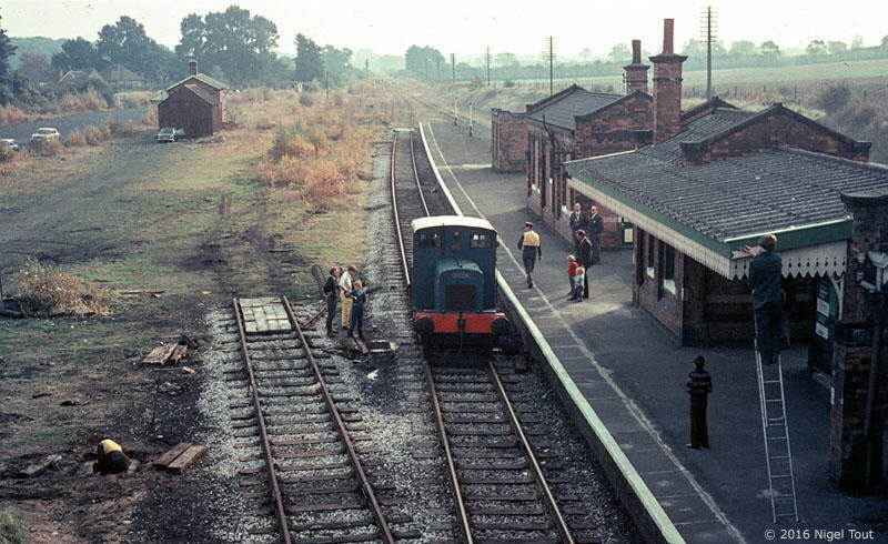 "0-4-0 DM ""Qwag"" at Quorn and Woodhouse station, 1973"