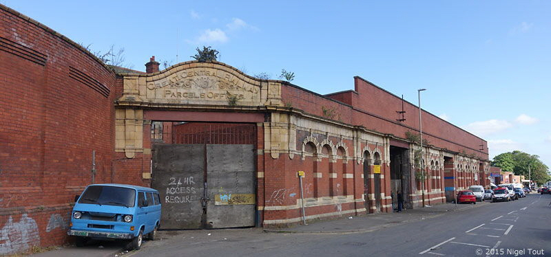 Parcels Offices entrance, Leicester Central station